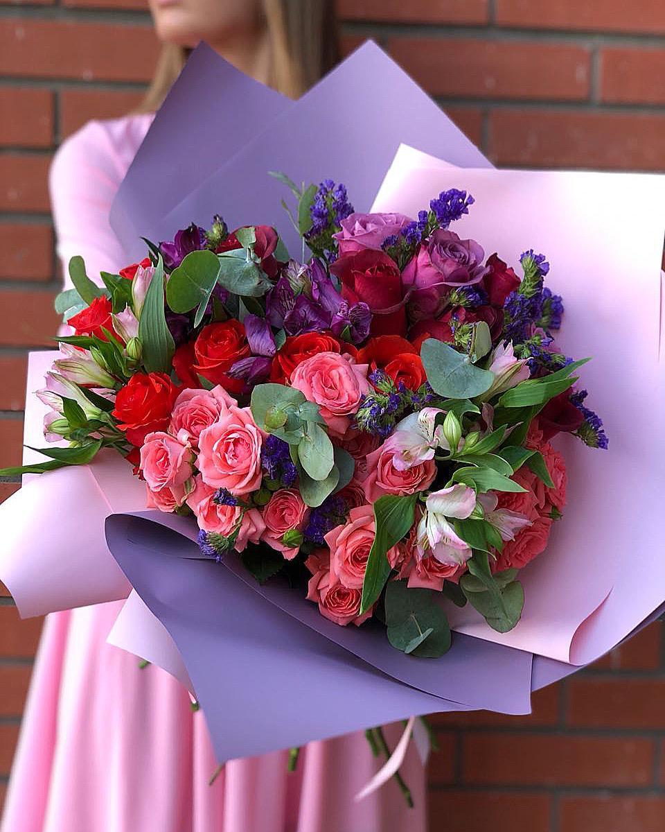 Цветов, букеты роз красноярск