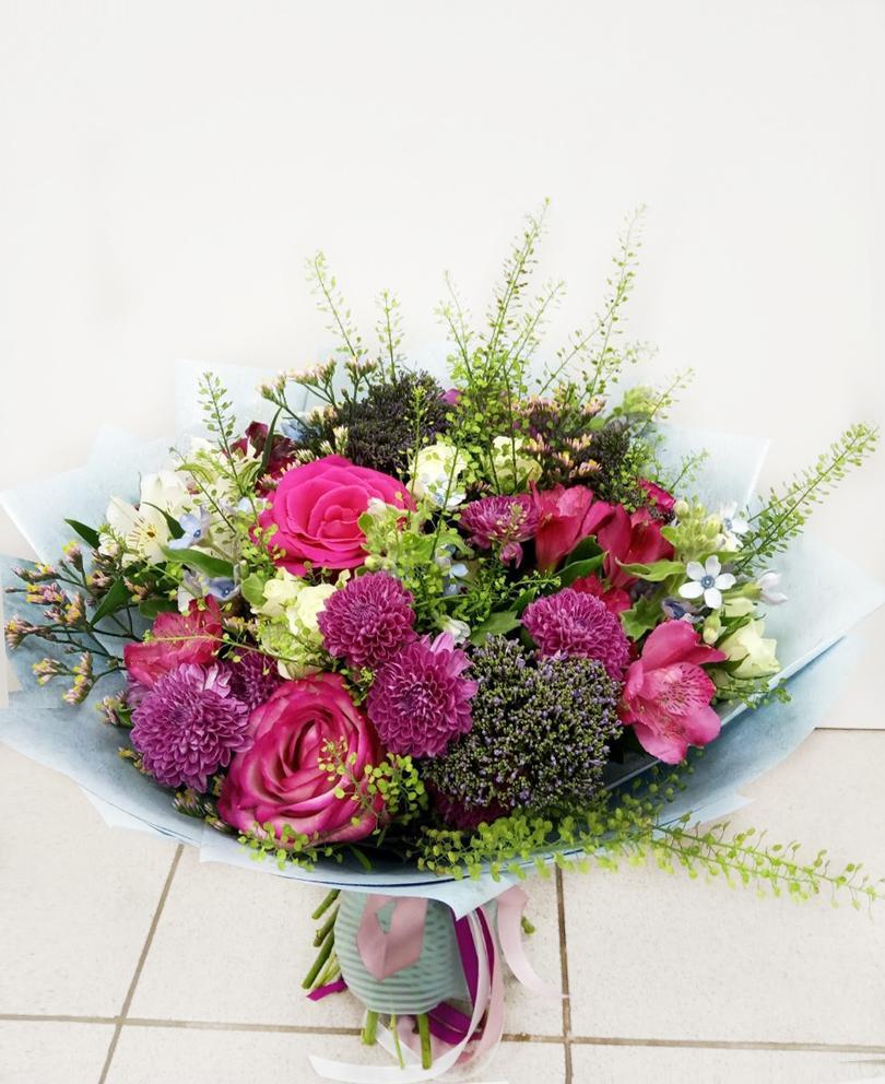 Заказ цветов доставка красноярск по телефону, роз хризантемами